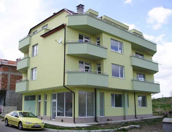 Баумит жилищна сграда